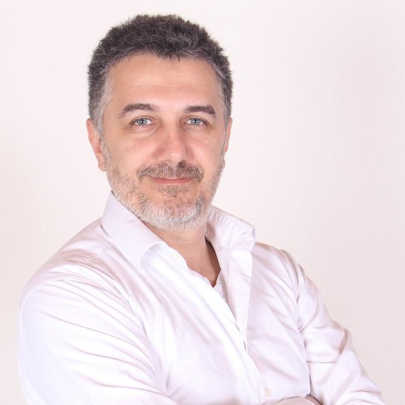 Dr. Alwazir Foris - Kardiológus